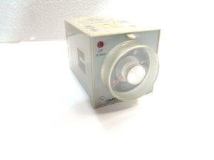 H3CR-A-300  OMRON ราคา 900 บาท