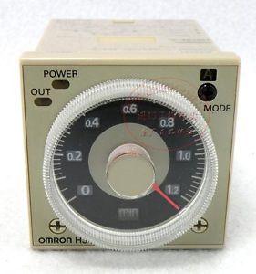 H3CR-A 100-240VAC  OMRON ราคา 900 บาท