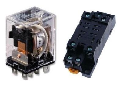 Relay  Model : LY2N  OMRON ราคา 175 บาท