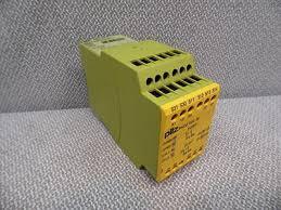 PilZ 774505 PNOZ XV2 3s 24VDC 2n/o 2n/o t Fix