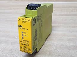 PilZ 777583 PZE X4VP 3s 24VDC 4n/o fix