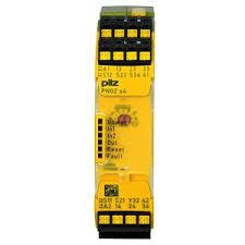PILZ 751104 PNOZ s4 C 24VDC 3 n/o 1 n/c