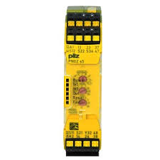 PILZ 751105 PNOZ s5 C 24VDC 2 n/o 2 n/o t