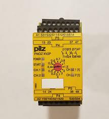PILZ PNOZ XV2P C 3/24VDC 2n/o 2n/o t