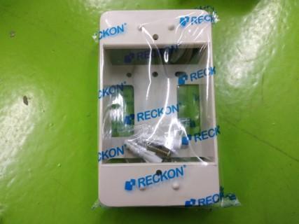 "RECKON BOX รุ่นเก่า 2x4"" MODEL RKB-104 ราคา 8 บาท"