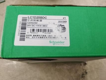 SCHNEIDER LC1D25BD ราคา 1725 บาท