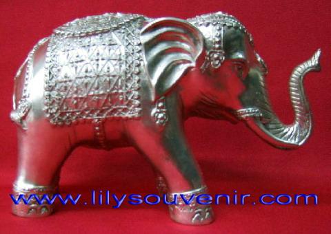 ช้าง สีเงิน