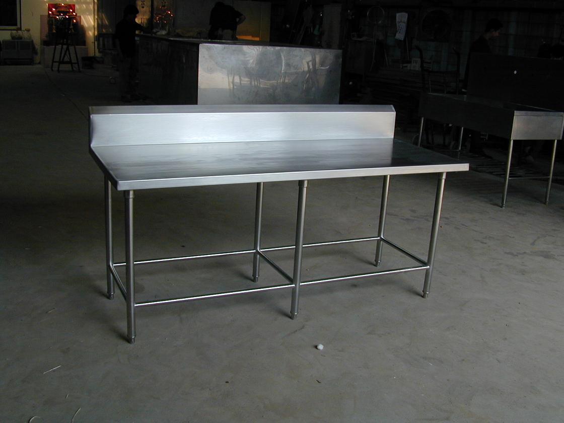 โต๊ะสเตนเลสหน้าเรียบ 6 ขา No.T12