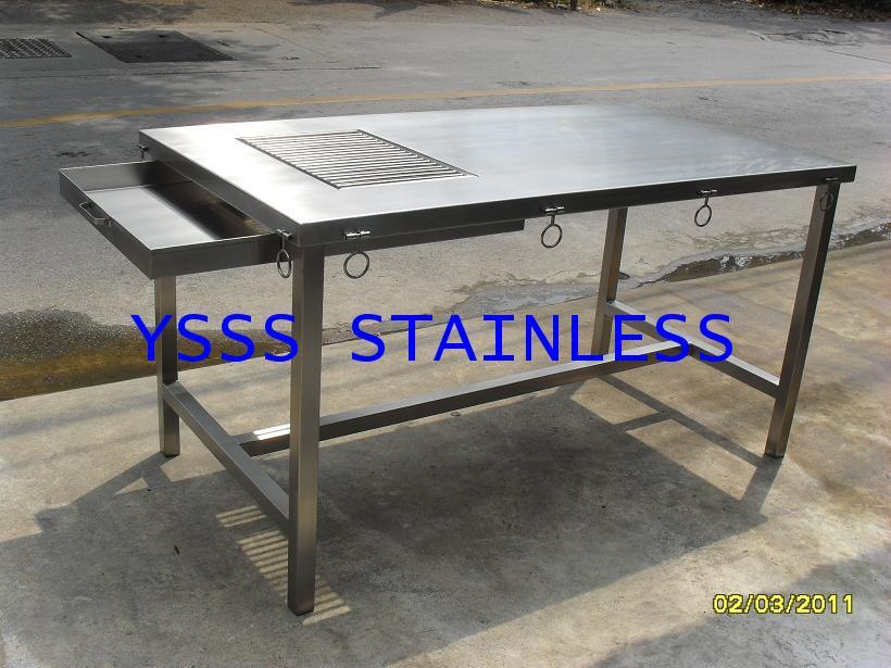 โต๊ะสเตนเลสสำหรับผ่าตัดสุนัข NO.T24