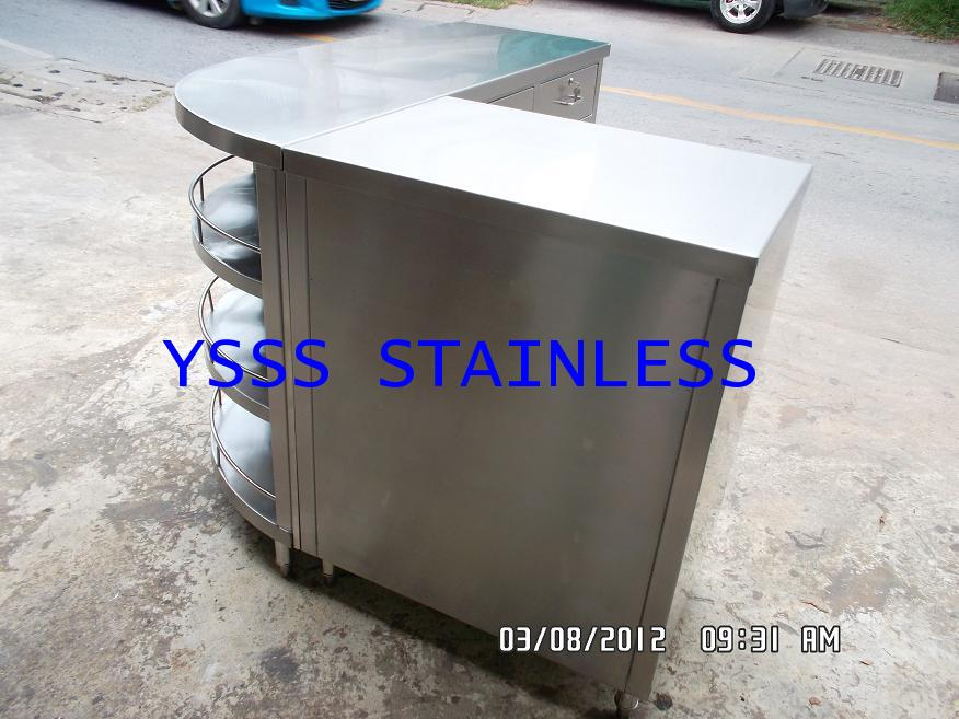 ตู้เก็บของสเตนเลสแบบเข้ามุมโค้ง NO.CB37