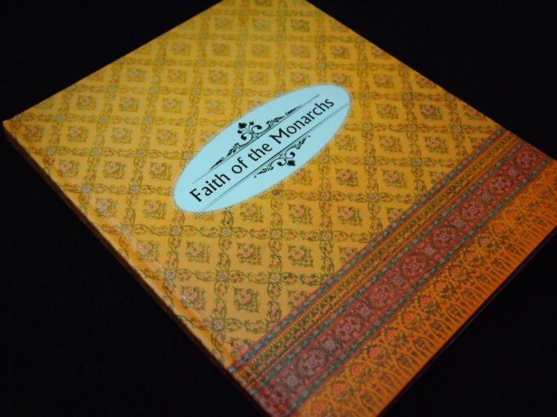 Faith of the Monarchs (ประมวลภาพพระพุทธปฏิมา) English Version  ปกแข็ง 1