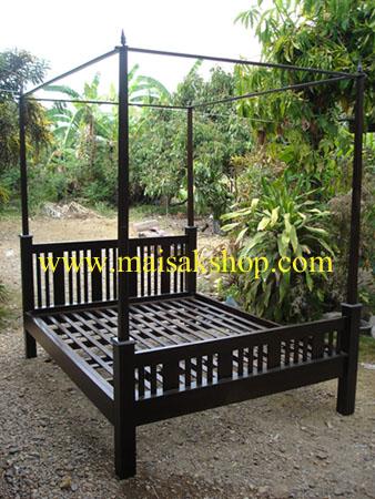 เฟอร์นิเจอร์ไม้สัก(Furniture) เตียง,เตียงไม้, เตียงไม้สัก,เตียงนอนไม้สักแบบมีเสา ส่วนหัวเป็นไม้ซี่ 1