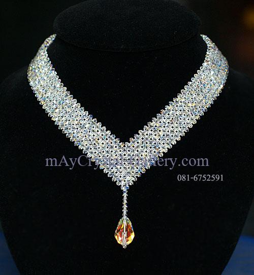 สร้อยคอ คริสตัลแบรนด์ จากประเทศออสเตรีย (Embellished with Crystals from Austria)