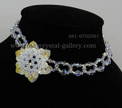 สร้อยคอ คริสตัลแบรนด์ จากประเทศออสเตรีย (Embellished with Crystals from Austria)  = ทานตะวัน