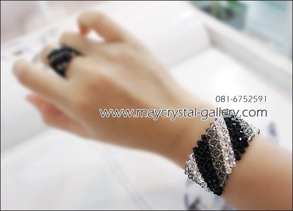 สร้อยข้อมือ คริสตัลแบรนด์แท้ (Embellished with Crystals from Austria) ส่งพร้อม TAG สินค้า