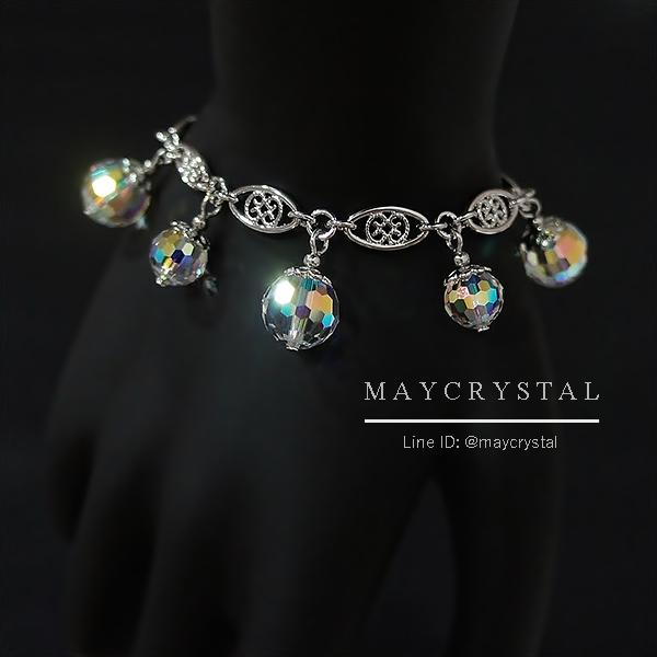 สร้อยข้อมือ คริสตัลแบรนด์ จากประเทศออสเตรีย (Embellished with Crystals from Au = ลูกโลกประกายดุจเพชร