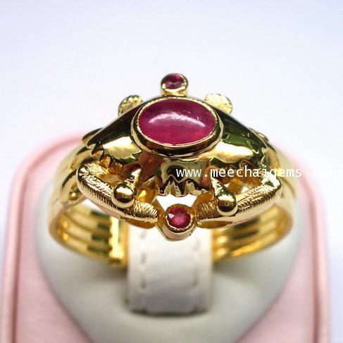 แหวนกลทองคำตัวปูประดับพลอยทับทิมจันท์แท้