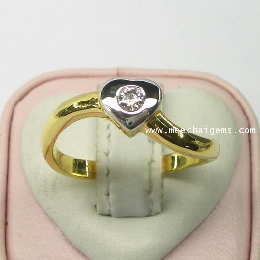 แหวนเพชรแท้ดีไซน์รูปหัวใจ