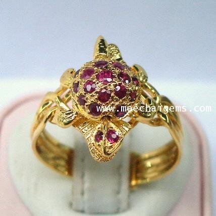 แหวนกลทองคำตัวเต่าประดับพลอยทับทิมจันท์แท้