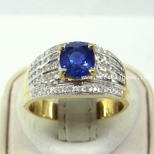 แหวนพลอยไพลินจันท์แท้ประดับเพชร