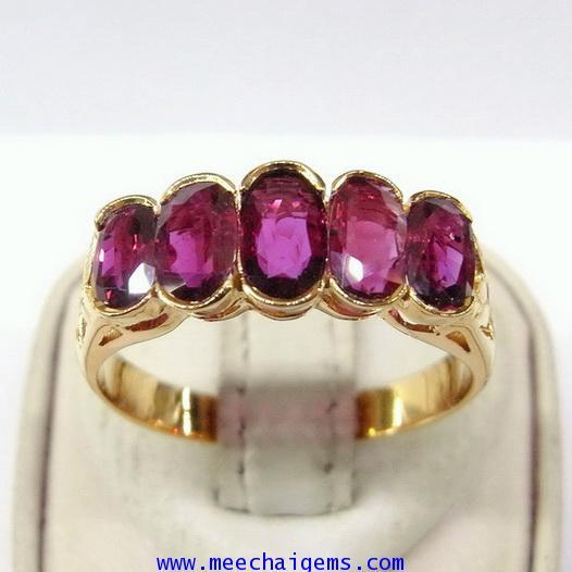 แหวนพลอยทับทิมจันท์แท้เรียงแถว