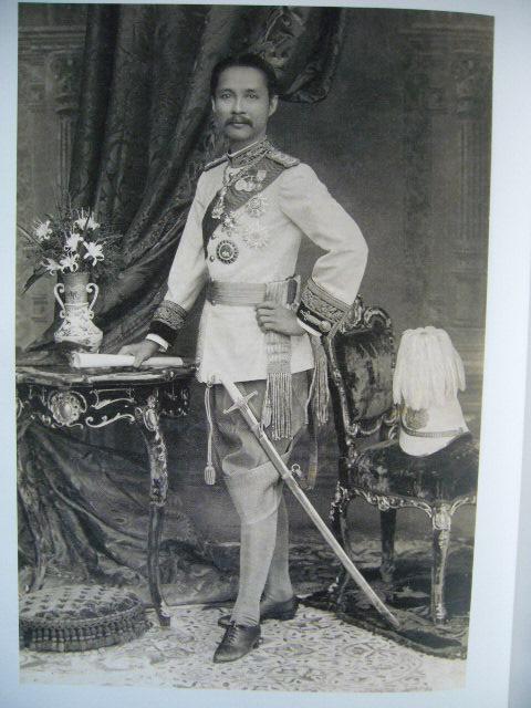 สมเด็จพระปิยมหาราช พระผู้ราชทานกำเนิดพิพิธภัณฑสถานเพื่อประชา (พร้อมซีดี) 2
