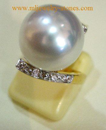 แหวนไข่มุกเซาท์ซีออสเตรเลียประดับเพชรแท้ (ของฝากจังหวัดสตูล)