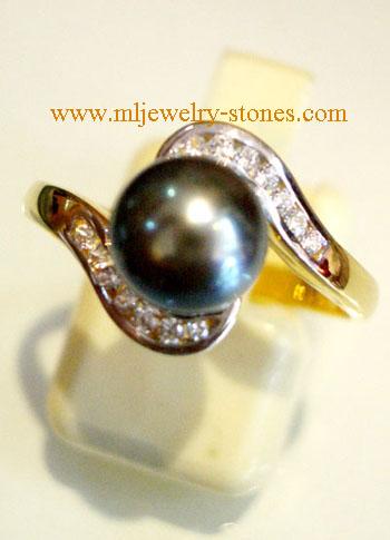แหวนไข่มุกเซาท์ซี สีดำ ประดับเพชรแท้ (ของฝากจังหวัดสตูล)