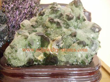 หินโชว์สีเขียว
