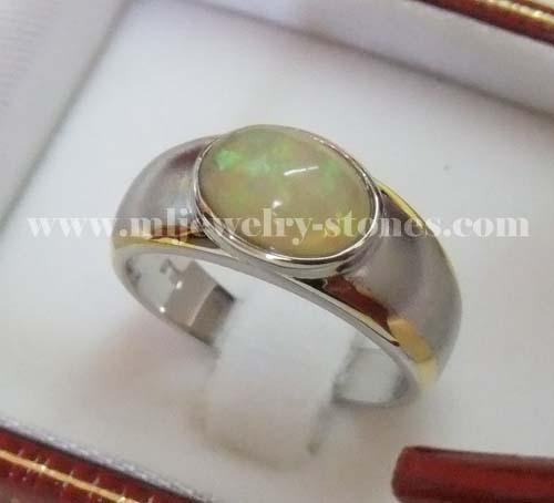 แหวนโอปอลออสเตรเลีย 2.02 cts.