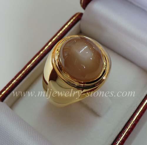 แหวนพลอยมุกดาหาร(งานสั่งทำ)