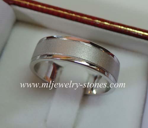 แหวนทองคำขาว18K(งานสั่งทำ)