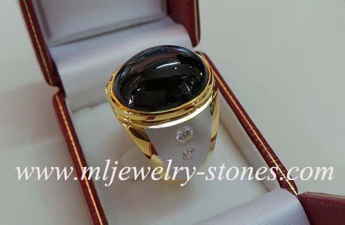 แหวนพลอยนิลประดับเพชรแท้เบลเยี่ยม