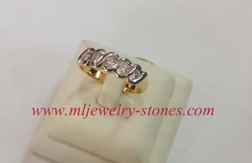 แหวนตาม้าแถวเดียวเพชรแท้ น้ำ96-97 เพชรหนักรวม 0.25 cts ทอง 90