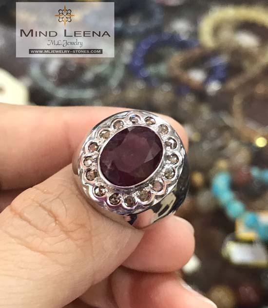 แหวนทับทิมล้อมเพชรแท้เหลี่ยมลูกโลก