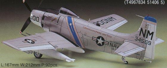 "A-1H Skyraider ""U.S. Navy"" 1/72 Hasegawa"