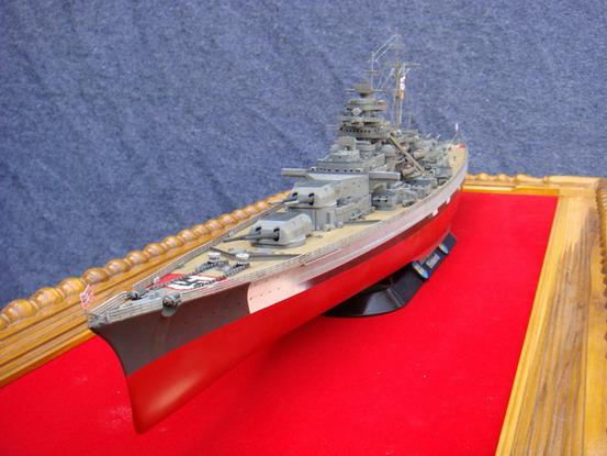 รับประกอบทำสีเรือรบ พร้อมฉากจำลอง โมเดลเรือสำหรับถวายแก้บน
