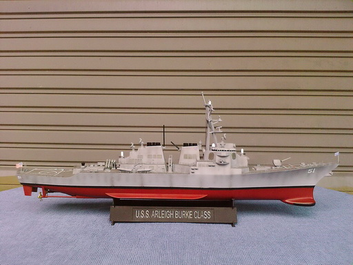 USS Arleigh Burke Class 1/350 finished by Modelivery