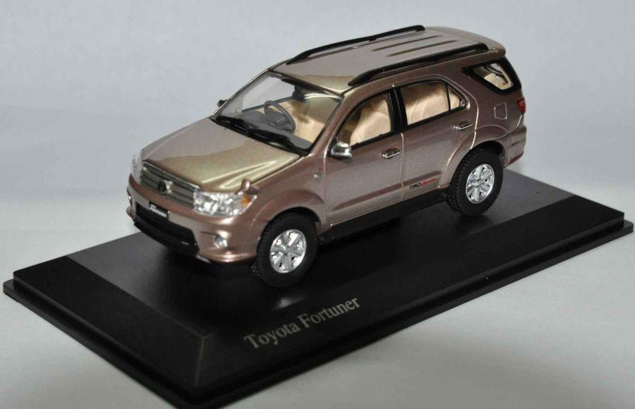 Toyota Fortuner TRD 2010 Grayish Brown Metallic