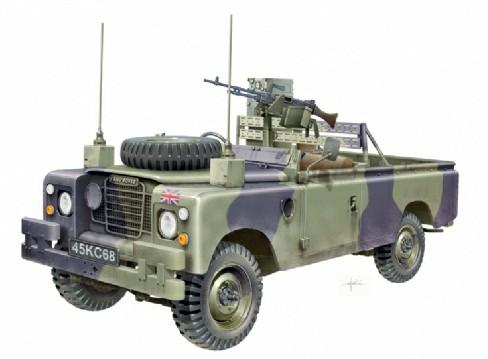 Land Rover LWB 109\quot; FFR 1/24 Italeri