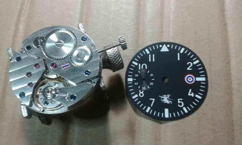 รับประกอบนาฬิกาสไตล์นักบิน สมัยสงครามโลกครั้งที่ 2