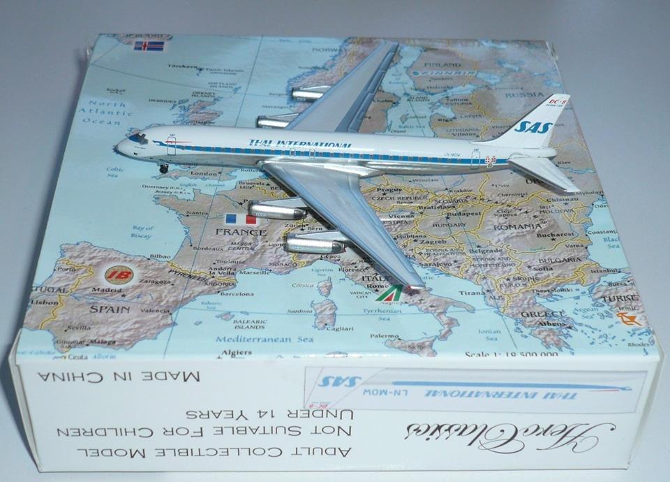 SAS Thai International Hybird DC-8-62 LN-MOW 1/400 Aeroclassics
