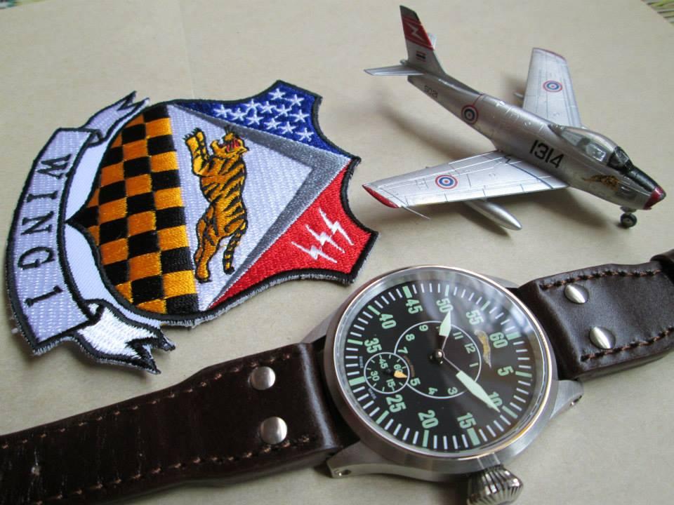 Pexpert Watch Pilot Chronometer WING 1 Home of Tiger Edition.