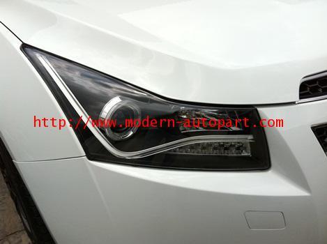 โคมไฟหน้า CRUZE Audi A8 V2 Style Headlights