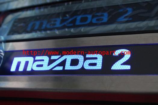 ชายบรรได MAZDA 2 แบบไมีไฟ LED