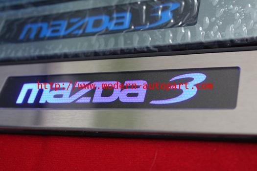 ชายบรรได MAZDA 3 แบบไมีไฟ LED
