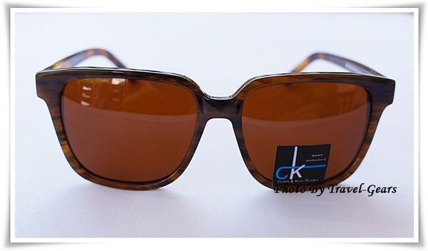 แว่นกันแดด CK no.2005 298