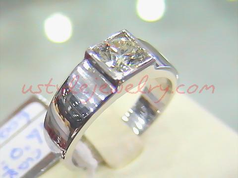 แหวนทอง90 น้ำหนัก7.5กรัม เพชร72ตัง/5เม็ด น้ำ95 VVS