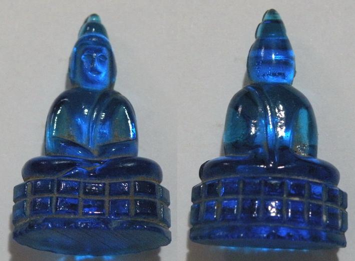 พระเครื่องพระแก้วหลวงพ่อเจียง วัดเจริญสุขาราม เนื้อสีฟ้า รุ่น2