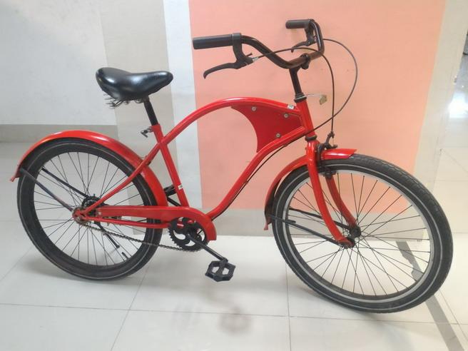 จักรยาน ครุยเซอร์ เฟรมเหล็ก สีแดง